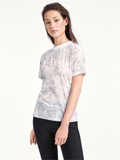 Antoinette Shirt ❤ love piece